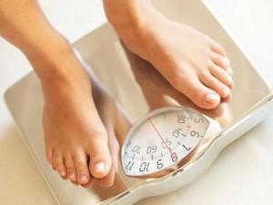 diet 300x225 痩せる方法を調べる前に!ただしく体重を計れるようになろう