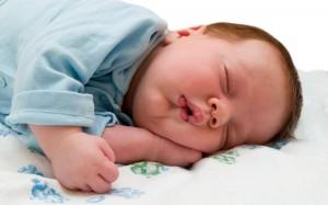 sleeping 300x187 家事、日常生活の消費カロリーを調べたら意外にも?
