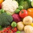 サラダは意外と高カロリー?